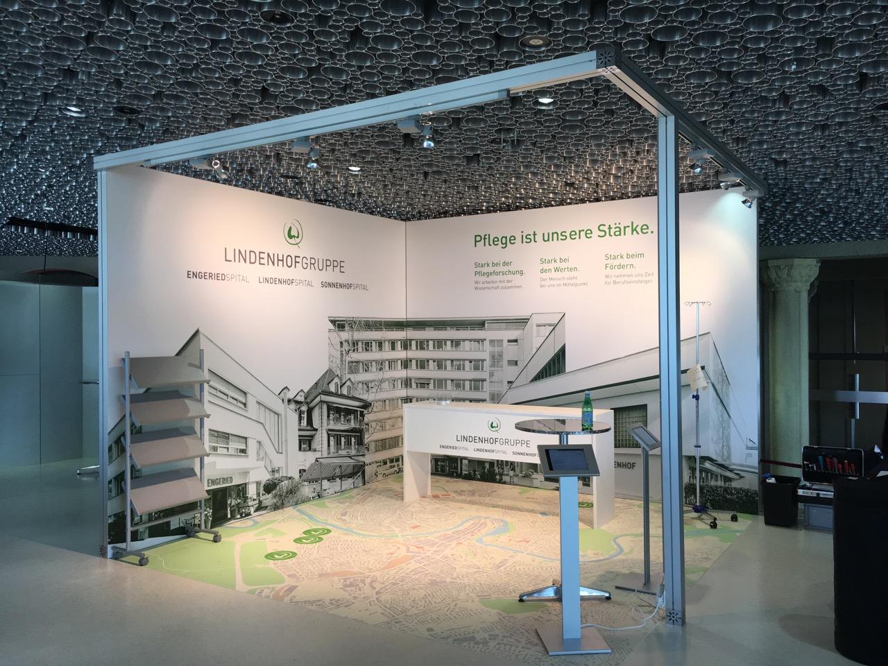 SBK Kongress-Stand für die Lindenhofgruppe - Fotoboden und Textil-Backdrops
